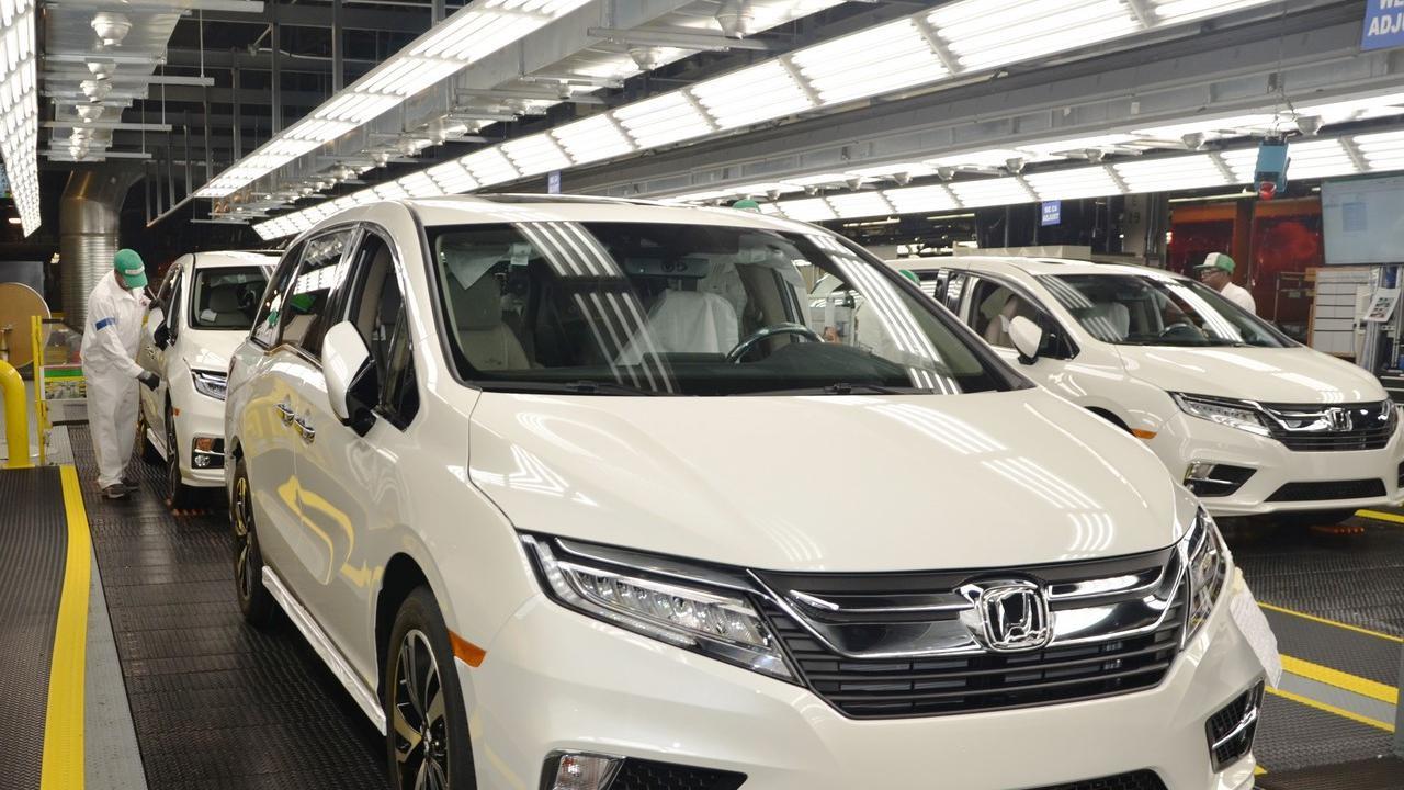 Honda Odyssey Disulap Jadi Mobil Khusus Pengangkut Pasien Corona Covid-19